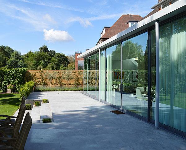 Garden rooms garden rooms extensions paragon oak for Ad garden rooms